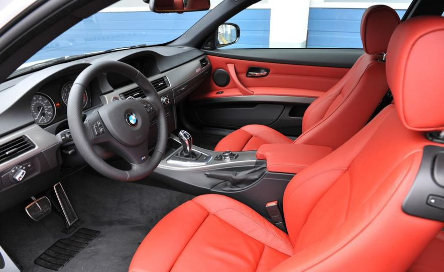 2011 BMW 335is coupe - Slide 40