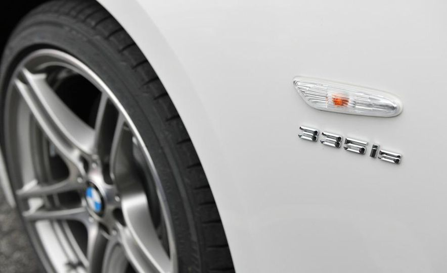 2011 BMW 335is coupe - Slide 31