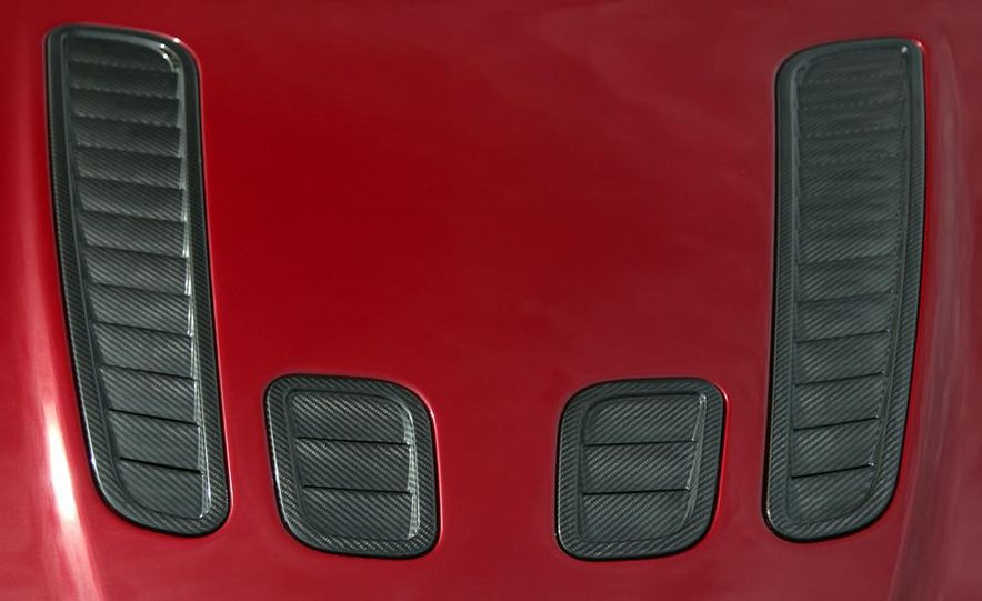 2011 Aston Martin V-12 Vantage - Slide 16