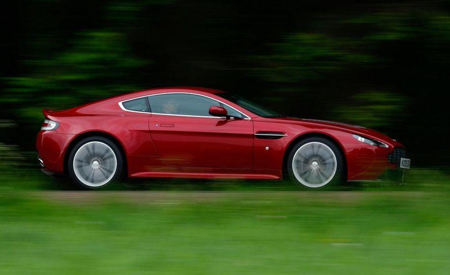 2011 Aston Martin V-12 Vantage - Slide 4