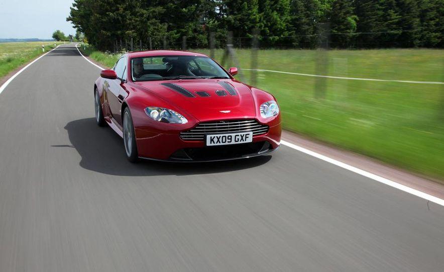 2011 Aston Martin V-12 Vantage - Slide 6