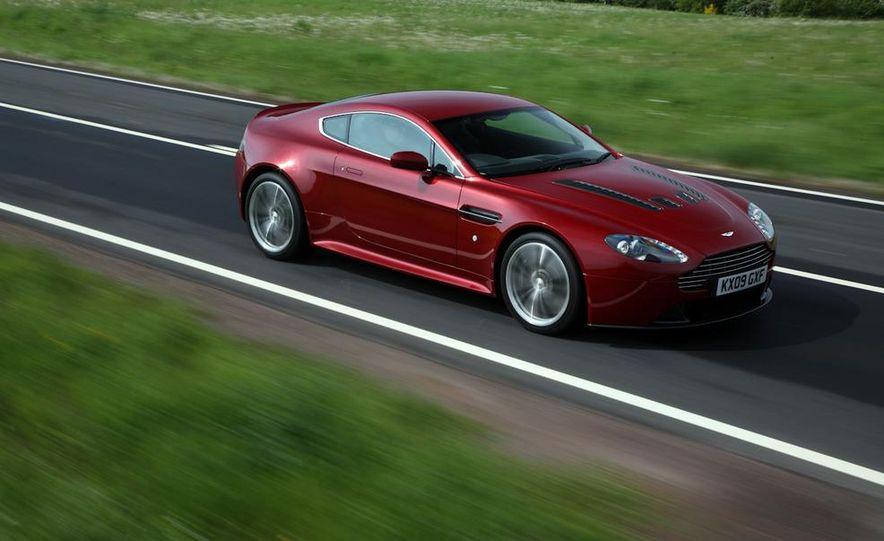 2011 Aston Martin V-12 Vantage - Slide 7