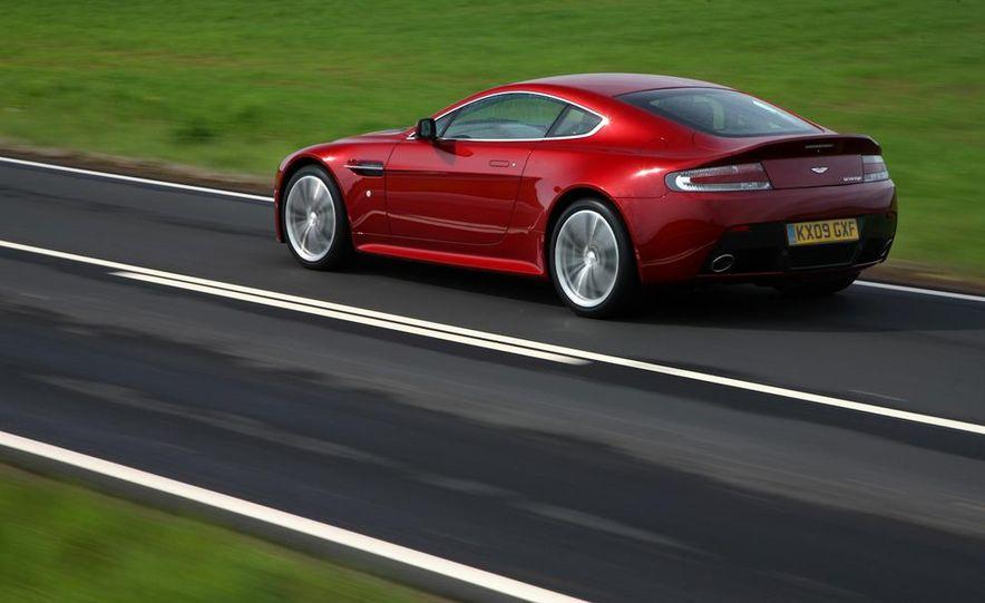 2011 Aston Martin V-12 Vantage - Slide 8