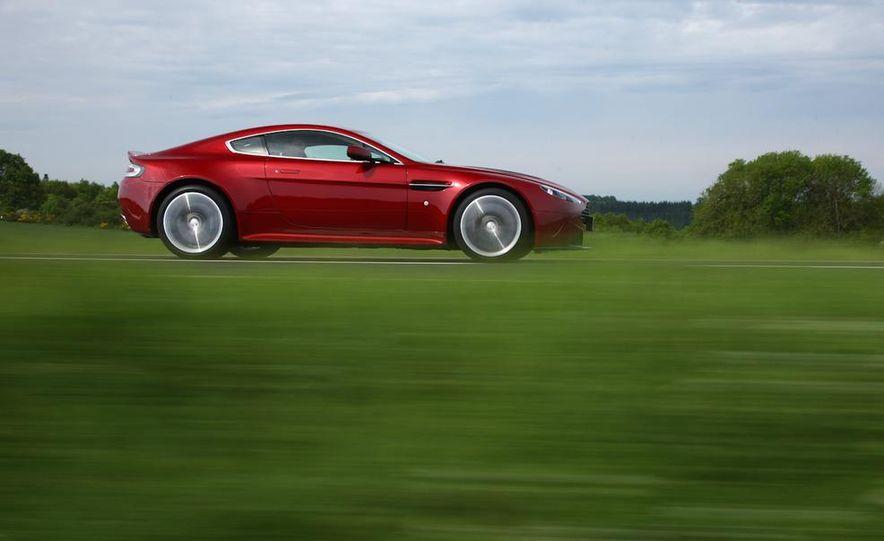 2011 Aston Martin V-12 Vantage - Slide 11