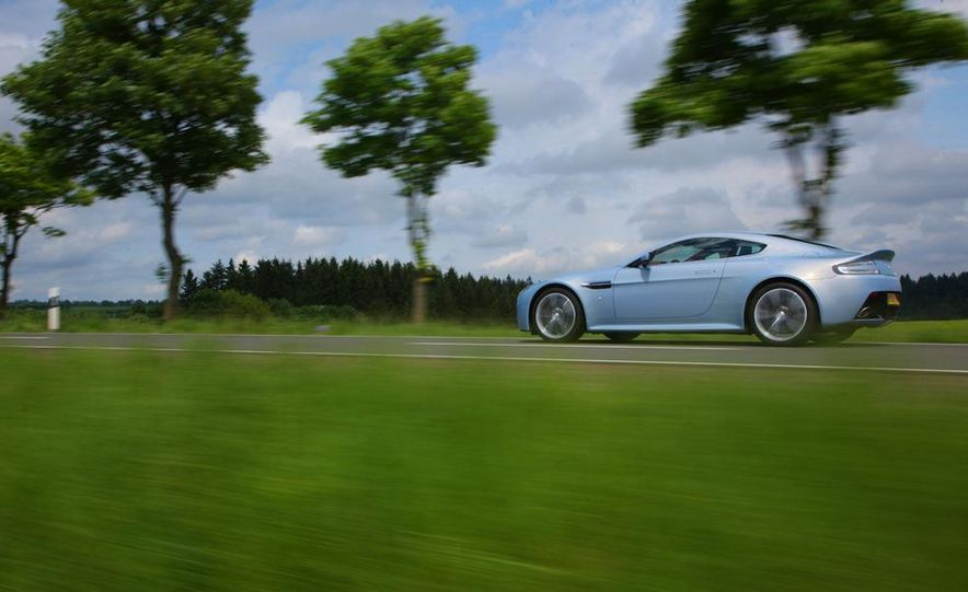 2011 Aston Martin V-12 Vantage - Slide 42
