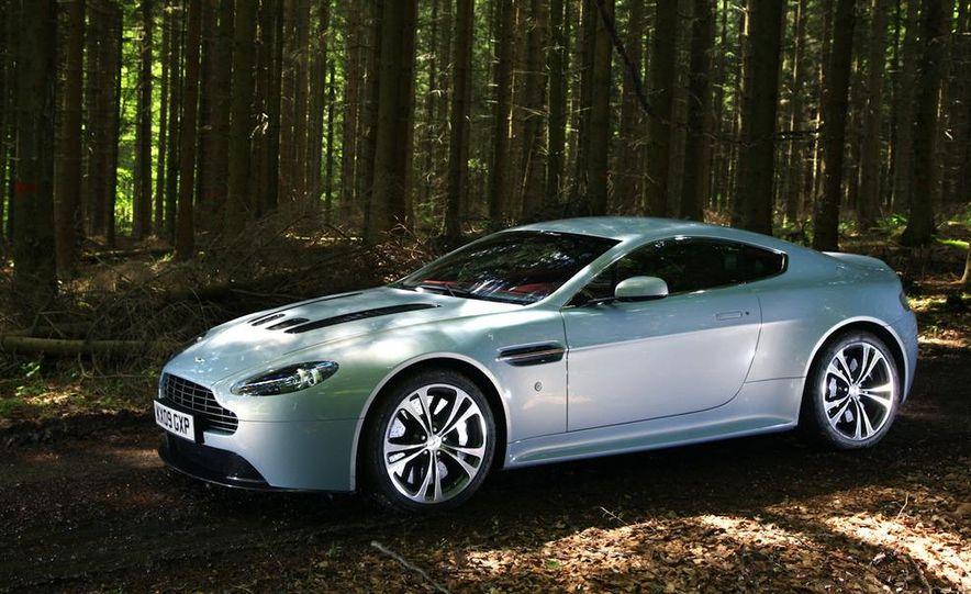 2011 Aston Martin V-12 Vantage - Slide 47