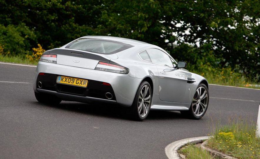 2011 Aston Martin V-12 Vantage - Slide 22