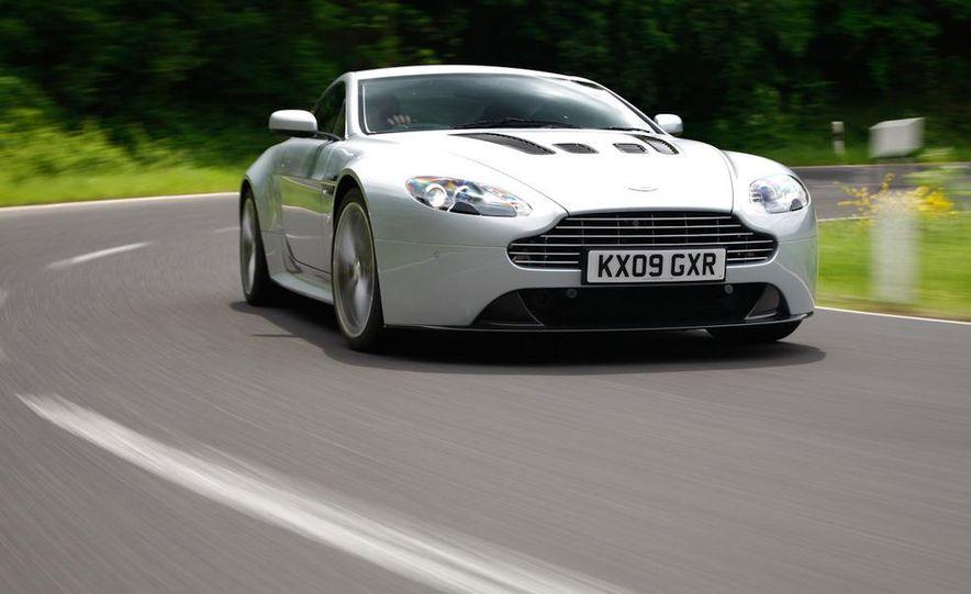 2011 Aston Martin V-12 Vantage - Slide 26