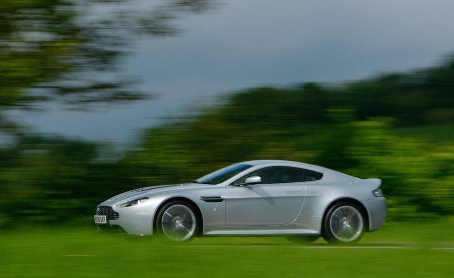 2011 Aston Martin V-12 Vantage - Slide 32
