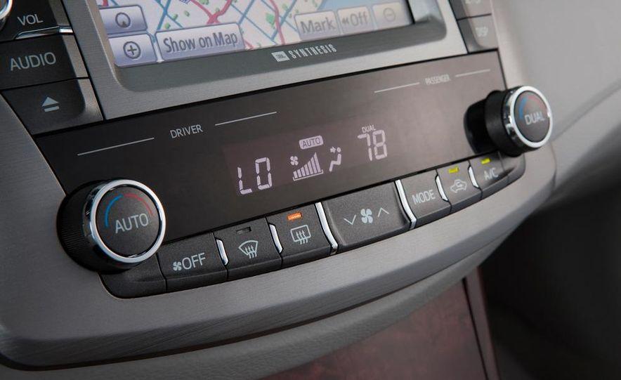 2011 Toyota Avalon - Slide 47