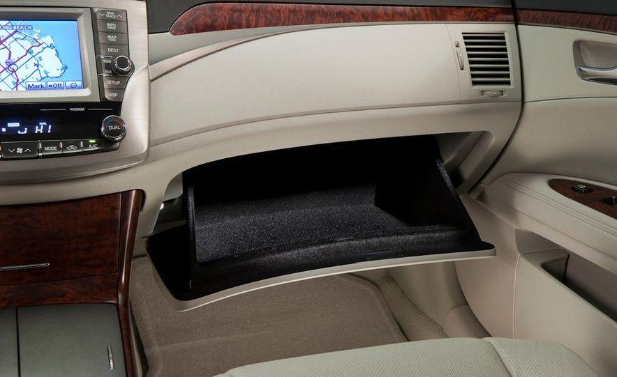 2011 Toyota Avalon - Slide 44