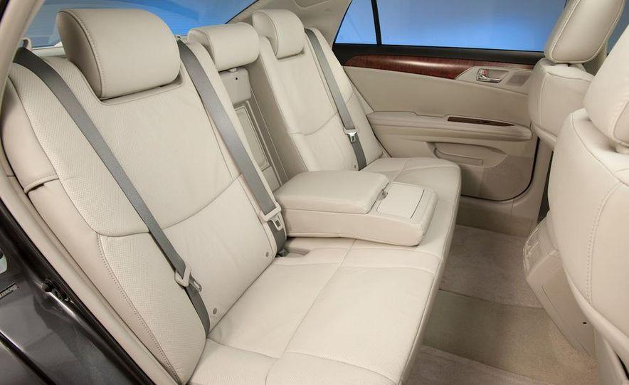 2011 Toyota Avalon - Slide 55