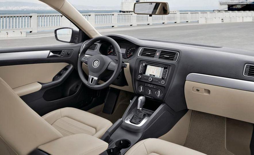 2011 Volkswagen Jetta 2.5 - Slide 25