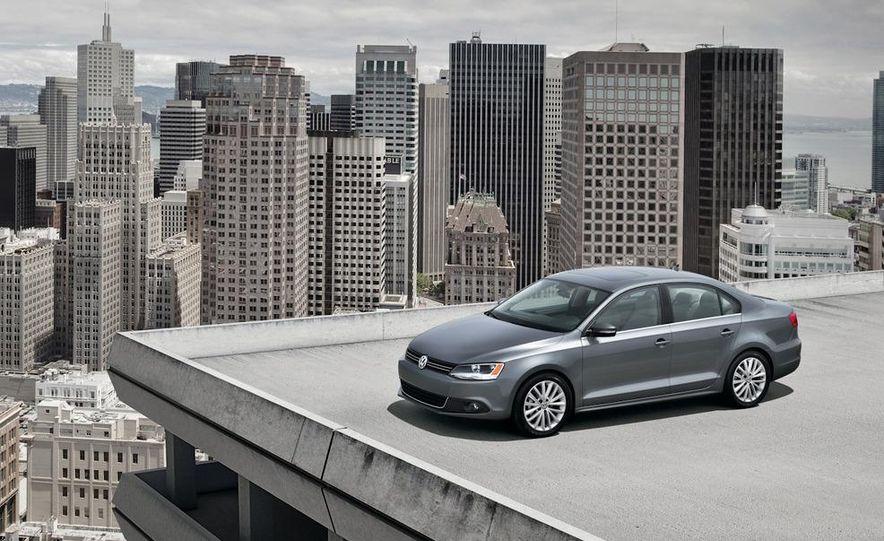 2011 Volkswagen Jetta 2.5 - Slide 17