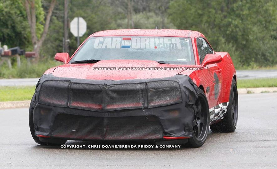 2012 Chevrolet Camaro Z28 (spy photo) - Slide 2