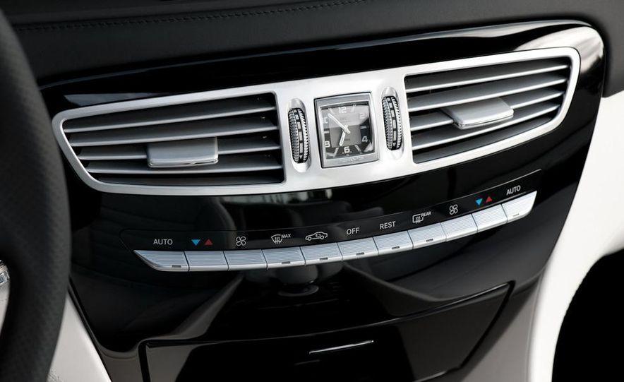 2011 Mercedes-Benz CL63 AMG - Slide 26