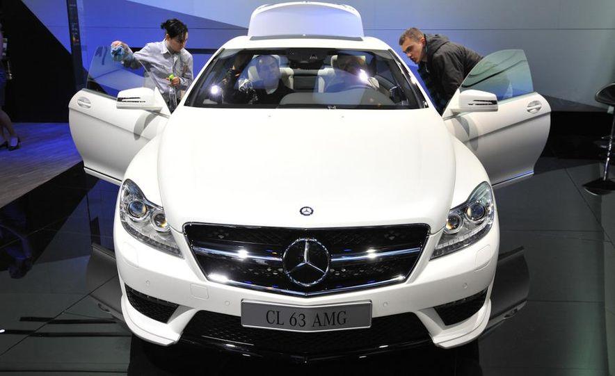 2011 Mercedes-Benz CL63 AMG - Slide 3