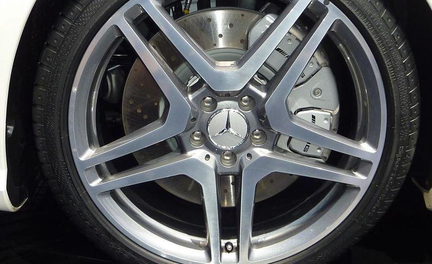 2011 Mercedes-Benz CL63 AMG - Slide 9