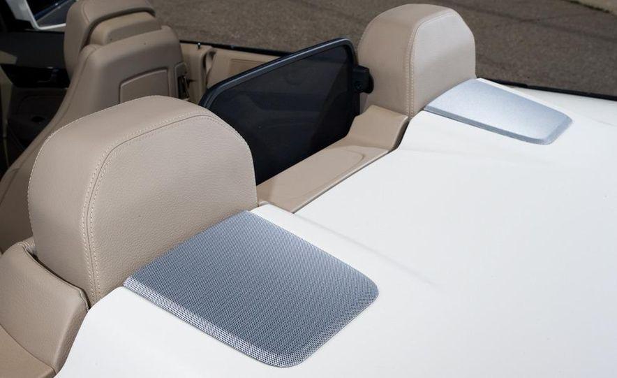 2011 Mercedes-Benz E550 Cabriolet - Slide 21