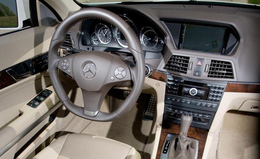 2011 Mercedes-Benz E550 Cabriolet - Slide 17