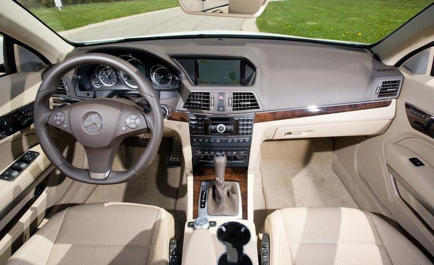 2011 Mercedes-Benz E550 Cabriolet - Slide 16