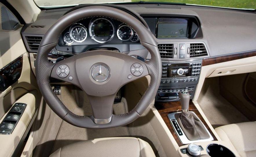 2011 Mercedes-Benz E550 Cabriolet - Slide 18
