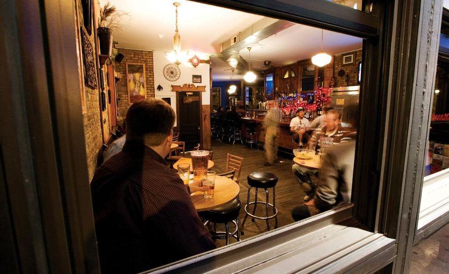 The GingerMan Tavern; Chicago, Illinois - Slide 6