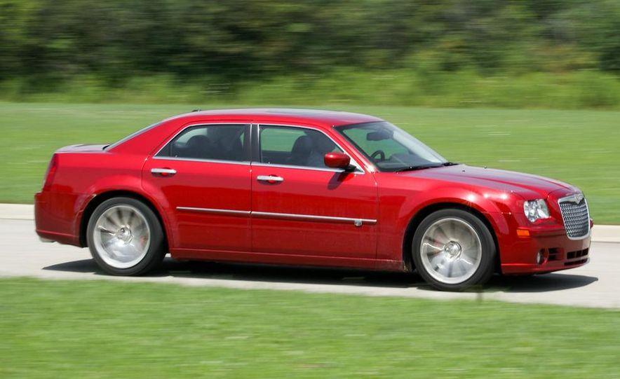 2010 Chrysler 300C SRT8 - Slide 1