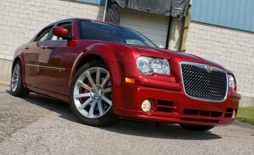 2010 Chrysler 300C SRT8 - Slide 7