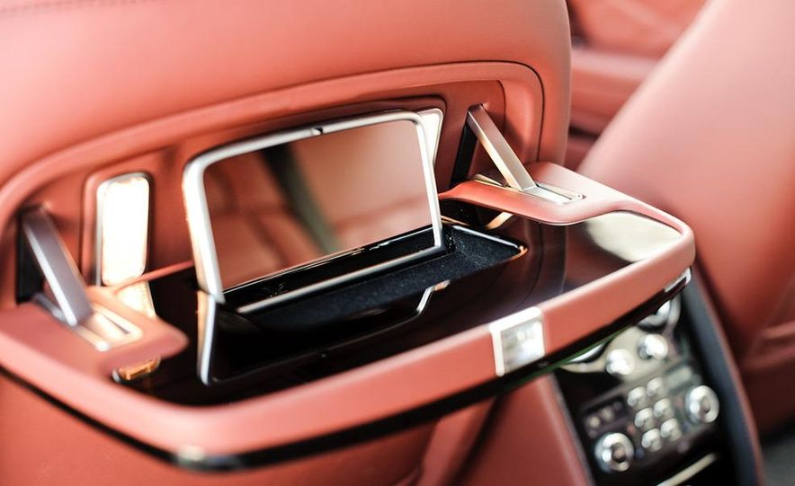 2011 Rolls-Royce Ghost and 2010 Bentley Continental Flying Spur Speed - Slide 18