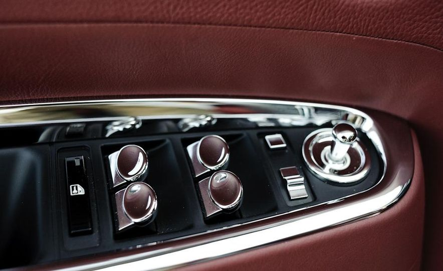 2011 Rolls-Royce Ghost and 2010 Bentley Continental Flying Spur Speed - Slide 41