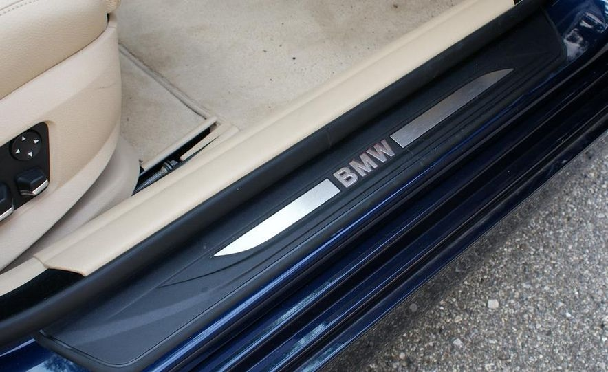 2011 BMW 550i automatic - Slide 15