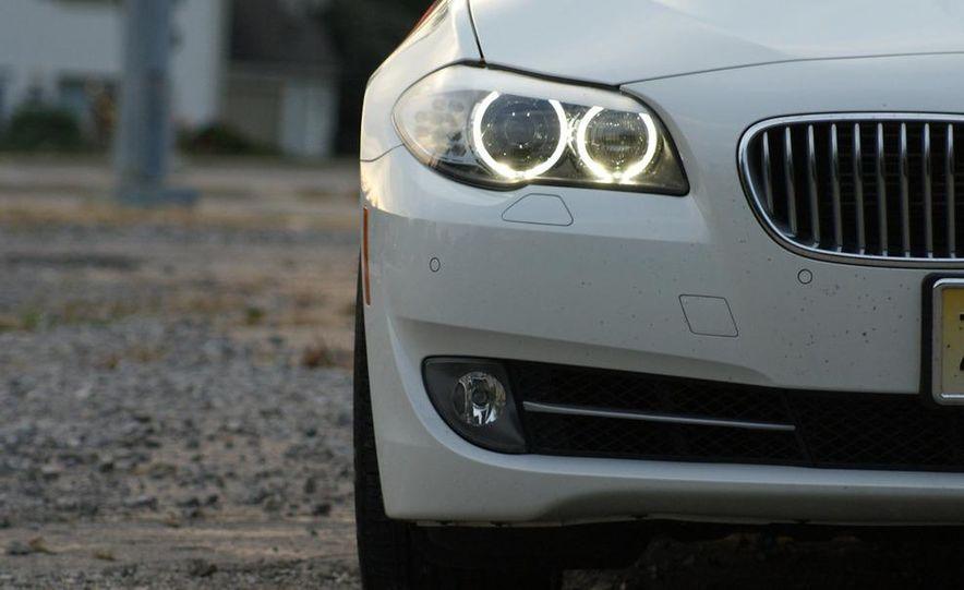 2011 BMW 550i automatic - Slide 40