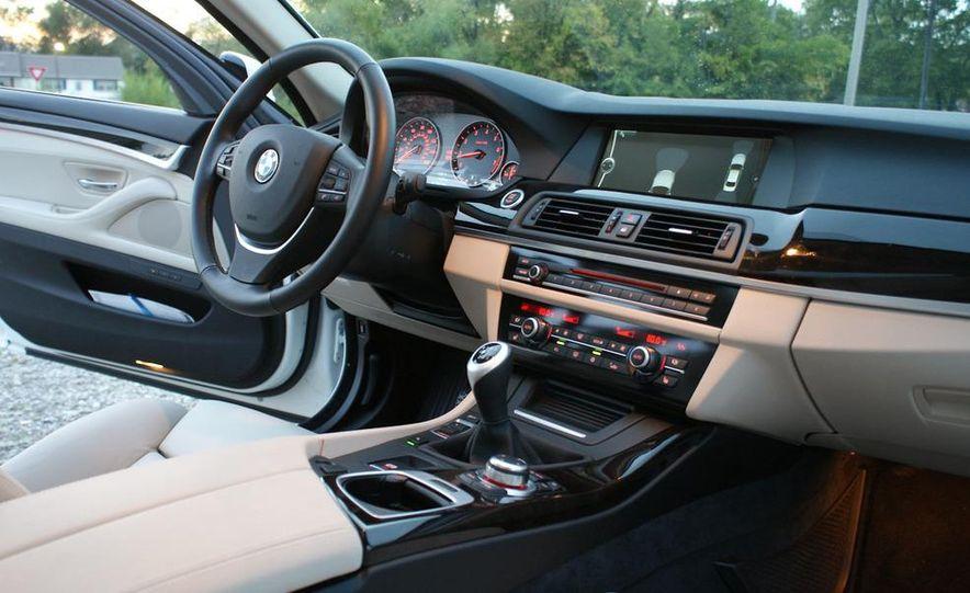 2011 BMW 550i automatic - Slide 41