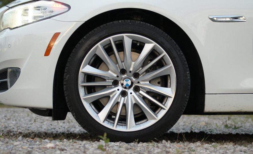 2011 BMW 550i automatic - Slide 34