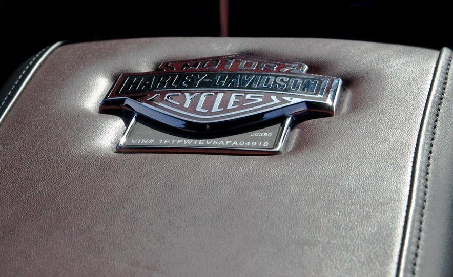 2011 Ford F-150 Harley-Davidson - Slide 35