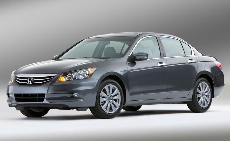 2011 Honda Accord EX-L V-6 sedan - Slide 1