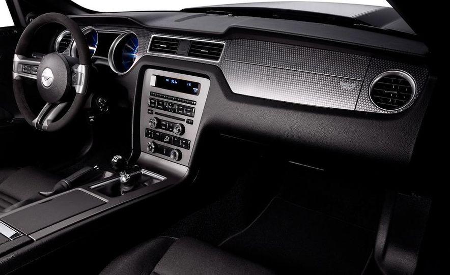 2012 Ford Mustang Boss 302 - Slide 30