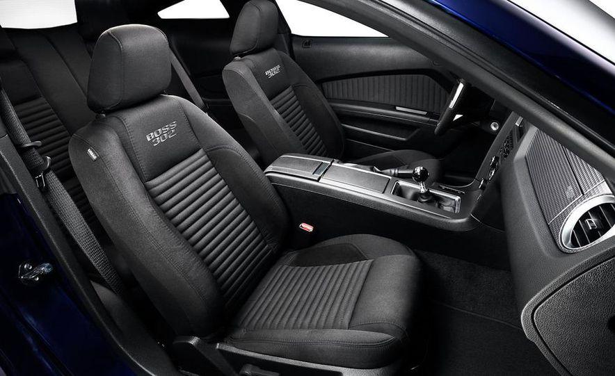 2012 Ford Mustang Boss 302 - Slide 31