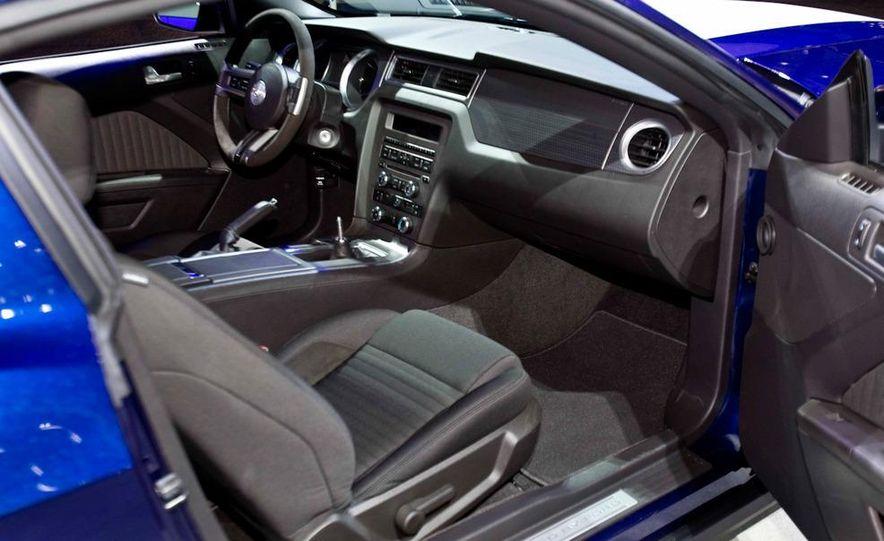 2012 Ford Mustang Boss 302 - Slide 32