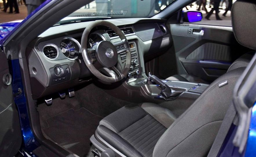 2012 Ford Mustang Boss 302 - Slide 34
