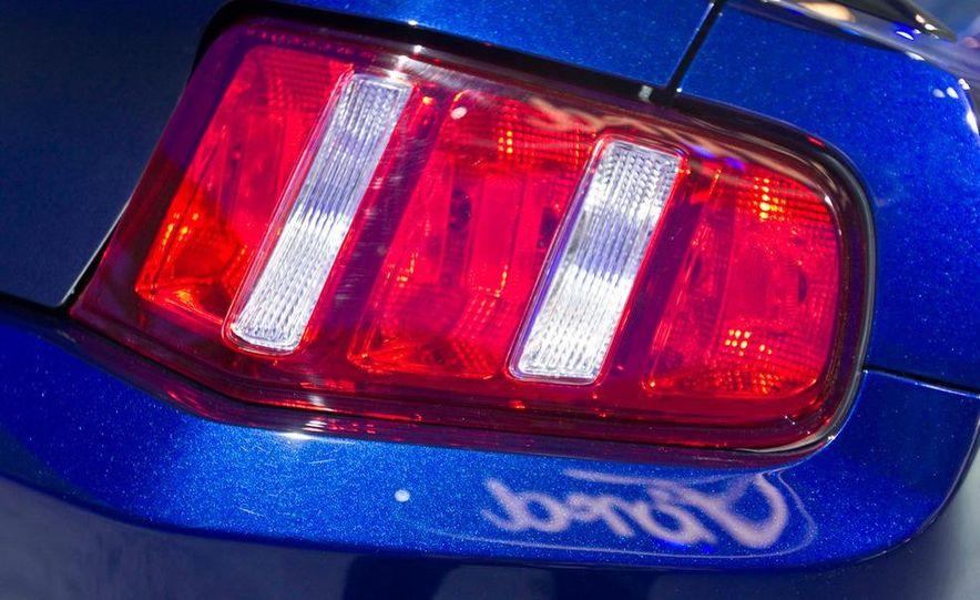 2012 Ford Mustang Boss 302 - Slide 21