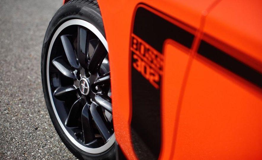 2012 Ford Mustang Boss 302 - Slide 17