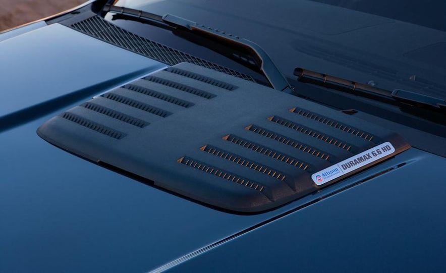 2011 GMC Sierra HD 2500 Denali - Slide 22