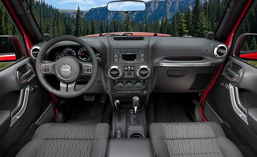 2011 Jeep Wrangler Sahara and Wrangler Unlimited Sahara - Slide 24