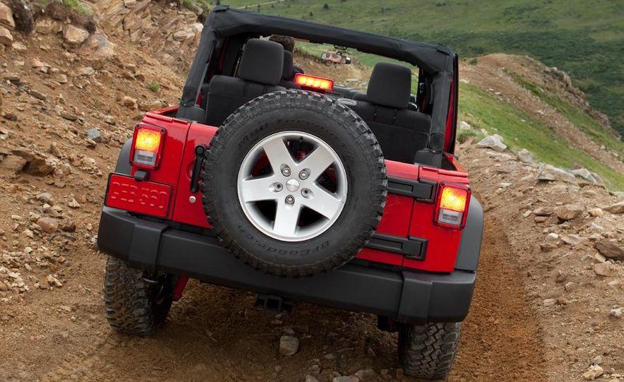 2011 Jeep Wrangler Sahara and Wrangler Unlimited Sahara - Slide 12
