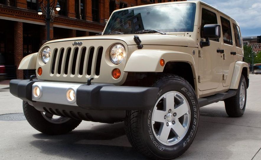 2011 Jeep Wrangler Sahara and Wrangler Unlimited Sahara - Slide 15