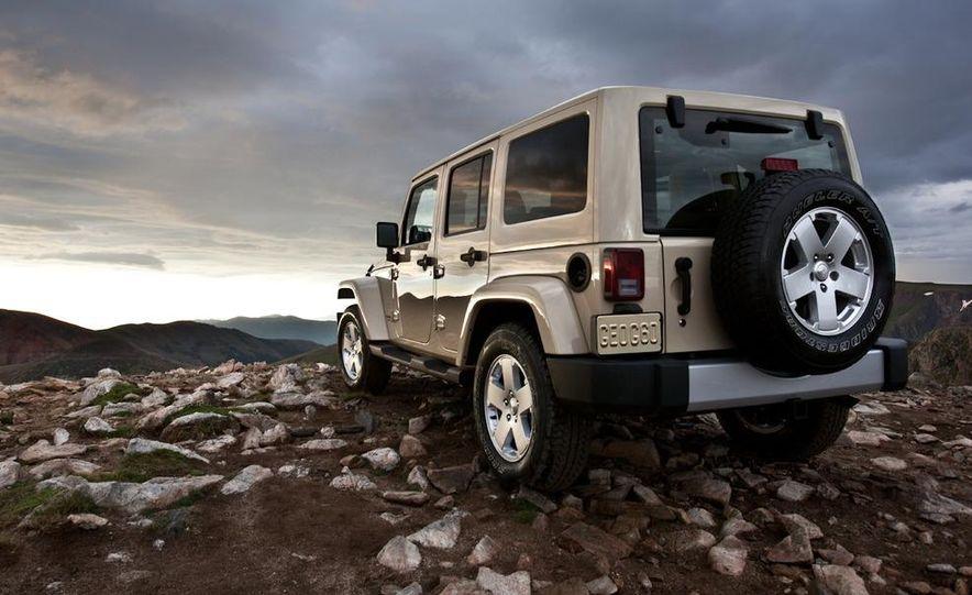 2011 Jeep Wrangler Sahara and Wrangler Unlimited Sahara - Slide 16