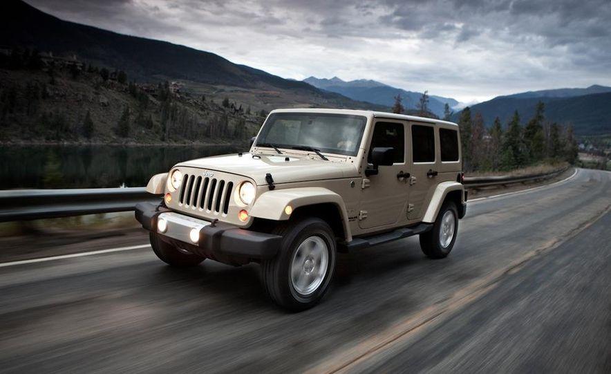2011 Jeep Wrangler Sahara and Wrangler Unlimited Sahara - Slide 17