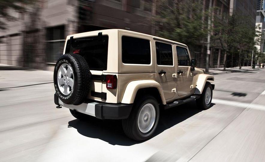 2011 Jeep Wrangler Sahara and Wrangler Unlimited Sahara - Slide 18